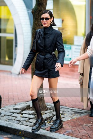 bella-hadid-is-seen-in-chinatown-on-october-09-2019-in-new-york-city-picture-id1180081925 (1365×2048)