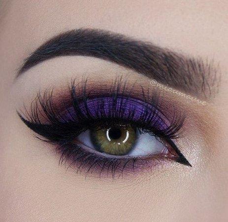 Dark Purple Eye Makeup w/ Eyeliner
