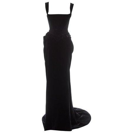 Vivienne Westwood black velvet corset and bustle skirt, fw 1996