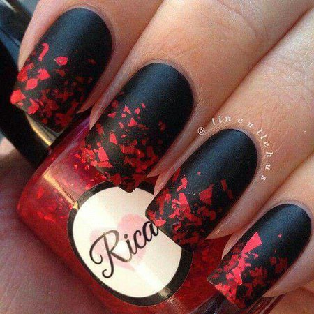 Square Acrylic Nails (black&red)