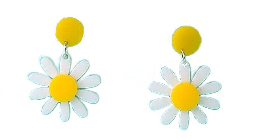 Levanter Daisy Earrings