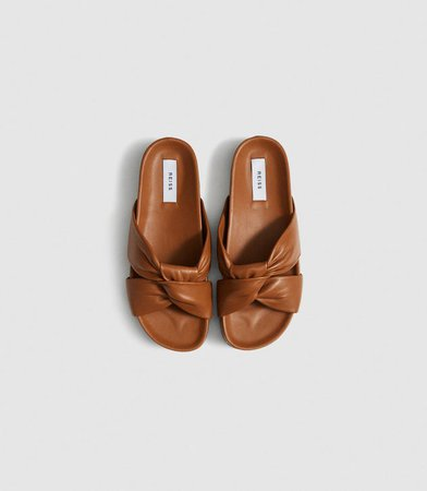 Phoebe Tan Leather Twist Front Sandals – REISS