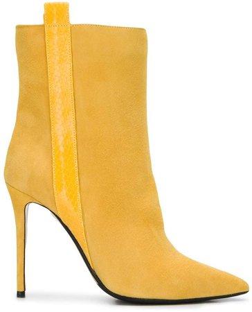 pull-on stiletto boots