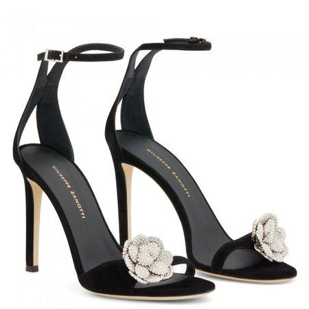 phoebe nuit black sandals