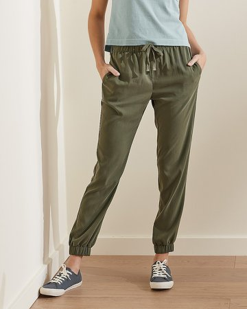 Upwest Mid Rise Lightweight Jogger Pant