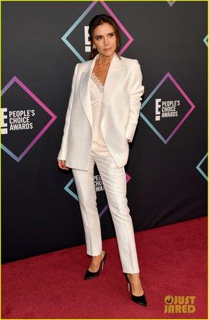 Victoria Beckham Wins Fashion Icon Award at People's Choice Awards 2018!: Photo 4180613 | 2018 Peoples' Choice Awards, Peoples' Choice Awards, Victoria Beckham Pictures | Just Jared
