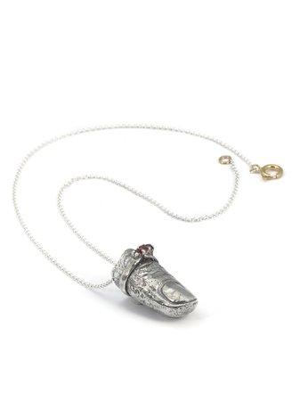 Angostura Leila Finger Necklace