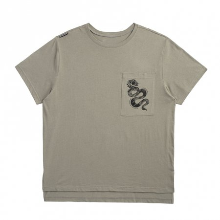 GREEN POCKET TOUR TEE WITH SNAKE DESIGN | Taylor Swift Official Online Store