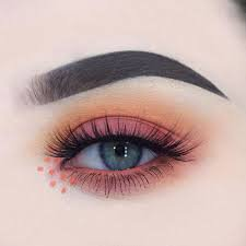 soft girl eyeshadow