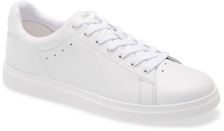 Howell Sneaker