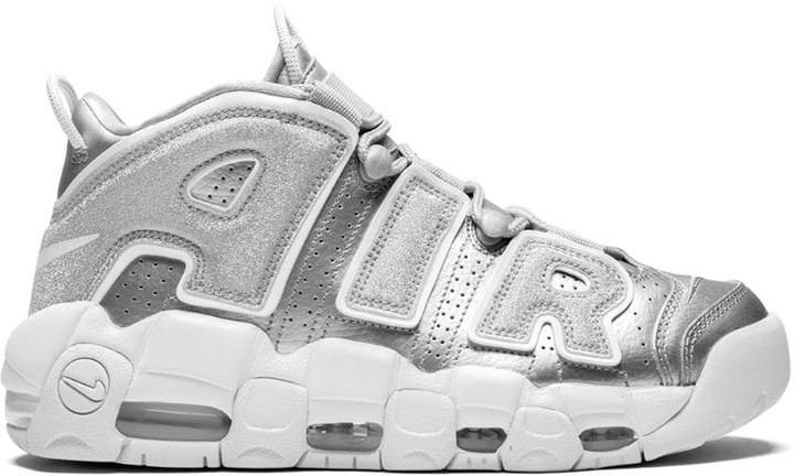 W More Uptempo sneakers
