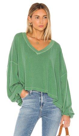 Free People Buffy sweater Tee in Green   REVOLVE