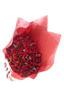 100 one hundred roses rose flower bouquet