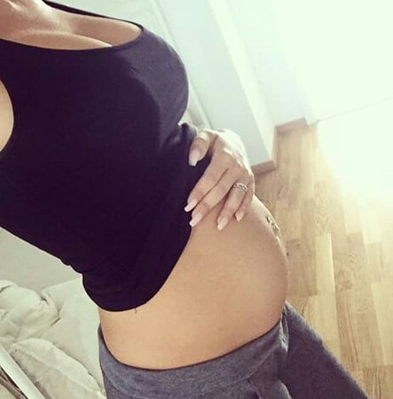 Image about pregnant in 👧A New Chapter👶 by Inês