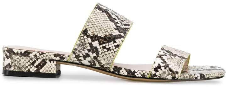 Kahlie sandals