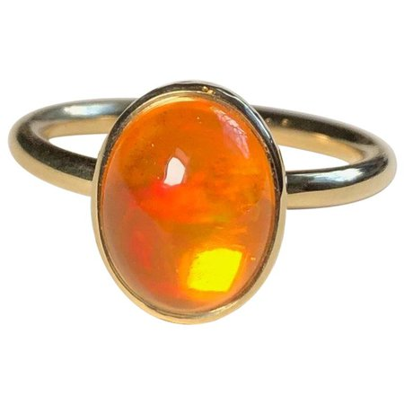 Fire Opal 18 Karat Gold Engagement Ring For Sale at 1stdibs