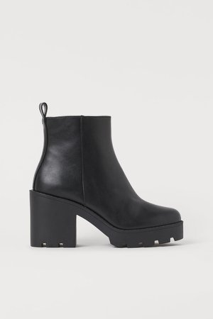 Chunky-soled Ankle Boots - Black