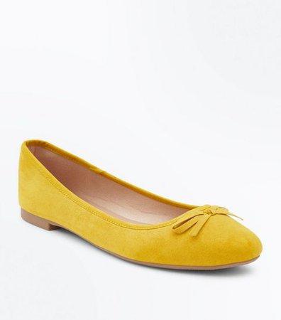 Wide Fit Mustard Suedette Ballet Pumps | New Look