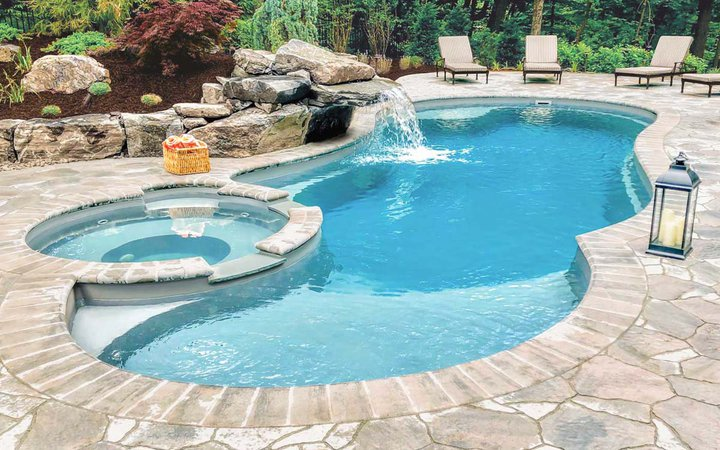 What is the Best Type of Swimming Pool for My Home? - Leisure Pools USA