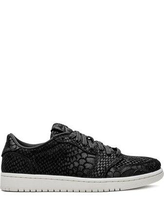 Air Jordan 1 Low-Top Sneakers AJ6004010 Black | Farfetch