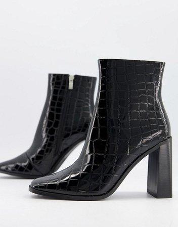 Glamorous block heel ankle boots in black croc | ASOS
