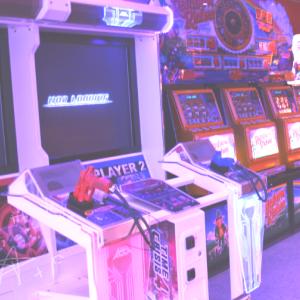 Nostalgic Arcade uploaded by MagoVermelho on We Heart It