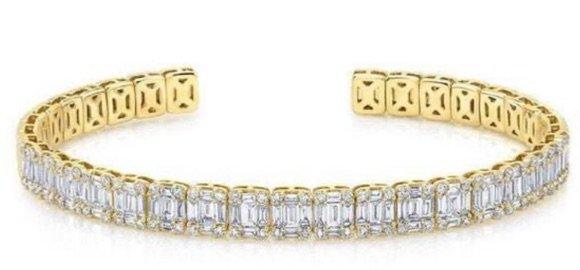 YELLOW GOLD BAGUETTE DIAMOND LUXE CUFF BRACELET