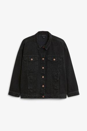 Classic denim jacket - Worn black - Coats & Jackets - Monki WW