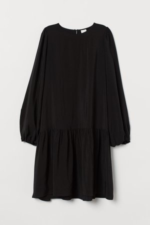 Creped Dress - Black