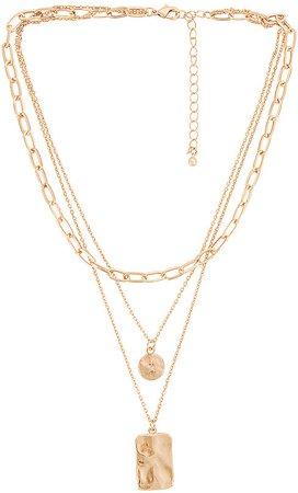 Laid Back Lariat Necklace