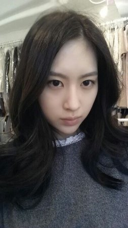 Sujin Face Claim: Yun Seon Young - Instagram: @sunyovng