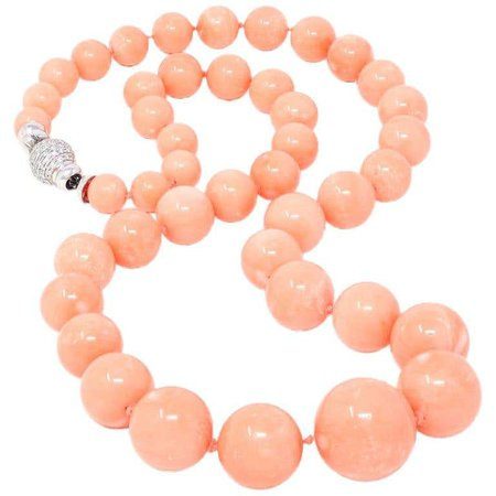 Natural Angel Skin Coral Graduated Necklace with 18K White Gold Diamond Clasp For Sale at 1stDibs