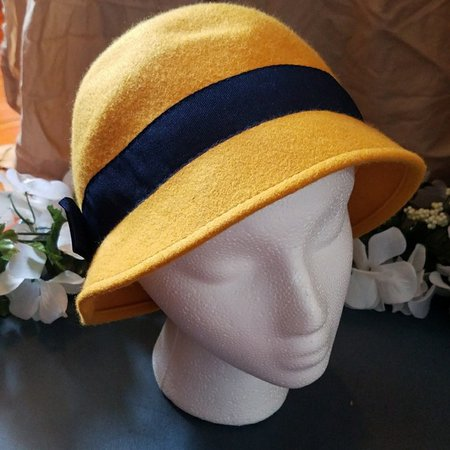 1920's yellow hat