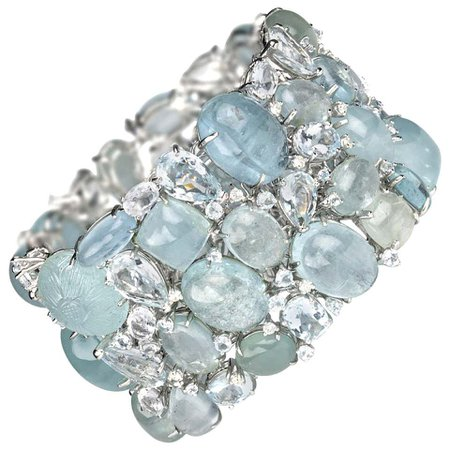 Multi Stone Aquamarine and Diamond Gold Bracelet For Sale at 1stDibs