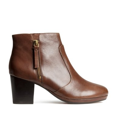 hm-brown-leather-ankle-boots-product-1-22707027-2-134413563-normal.jpeg (972×1137)