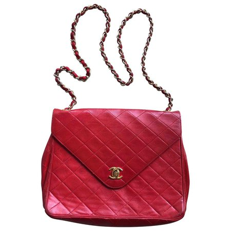 Leather handbag Chanel Red in Leather - 6352422