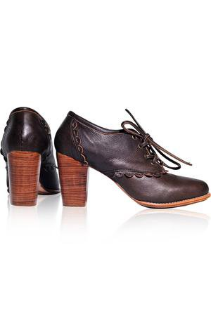 Vintage-style oxford in black color, made by hand in Bali. – ELF