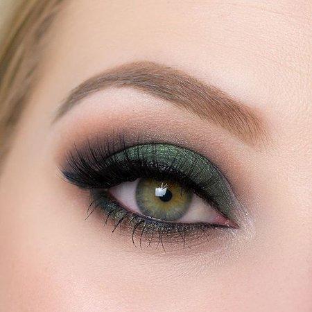 green eyeshadow looks - Google Search