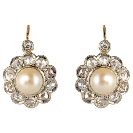French 20th Century Diamonds Pearls 18 Karat Yellow Gold Lever, Back Earrings For Sale at 1stDibs