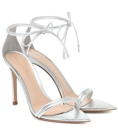 Gianvito Rossi - 105 patent-leather sandals | Mytheresa