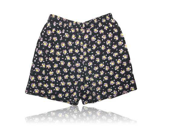 90s Pink and Yellow Daisy Black High Waisted Shorts // Size