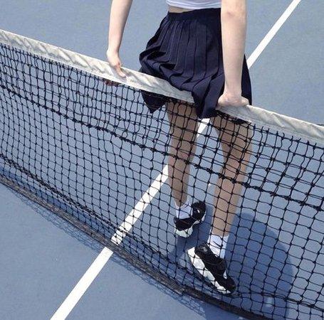 Blue - Tennis Court - Aesthetic - Tina Belcher - Bob's Burgers