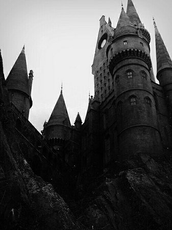 Hogwarts School Of Witchcraft and Wizardry | Harry Potter
