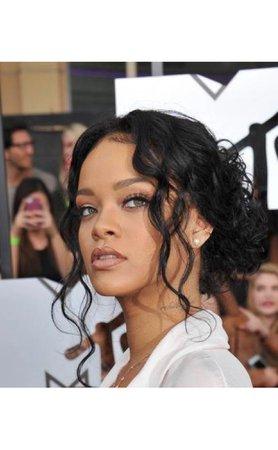 Rihanna hair 1