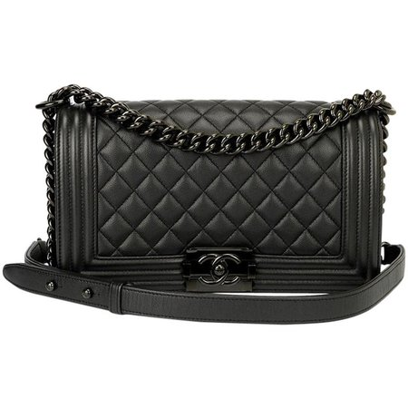 Chanel 17S So Black Medium Boy Bag