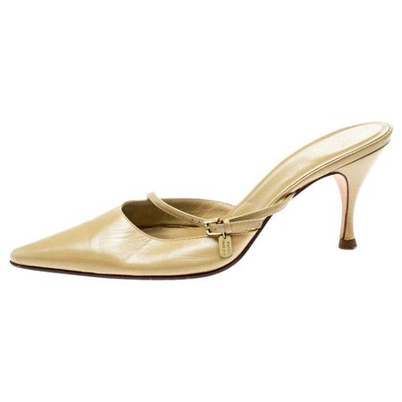 Gucci Beige Leather Pointed Toe Mules Size 37 For Sale at 1stdibs