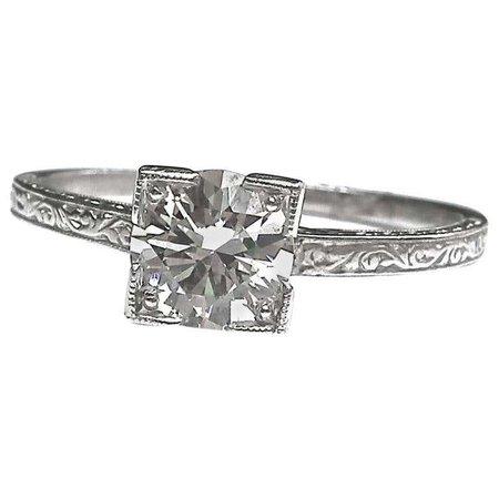 Art Deco GIA 1.01 Carat Diamond Platinum Ring For Sale at 1stdibs