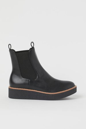 Lined Chelsea Boots - Black