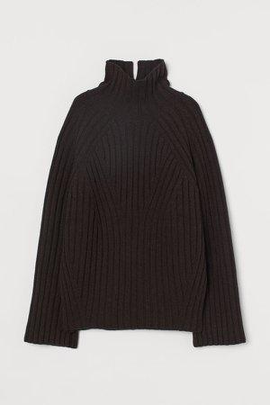 Wool Turtleneck Sweater - Brown