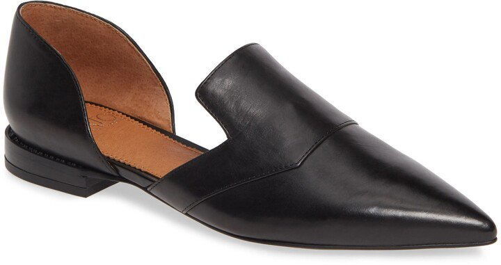 Toby Pointed Toe Flat